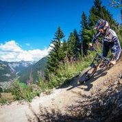 Downhill mountain biking and French
