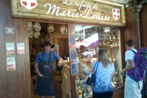 alt=French Conversation with Local Shop Keeper