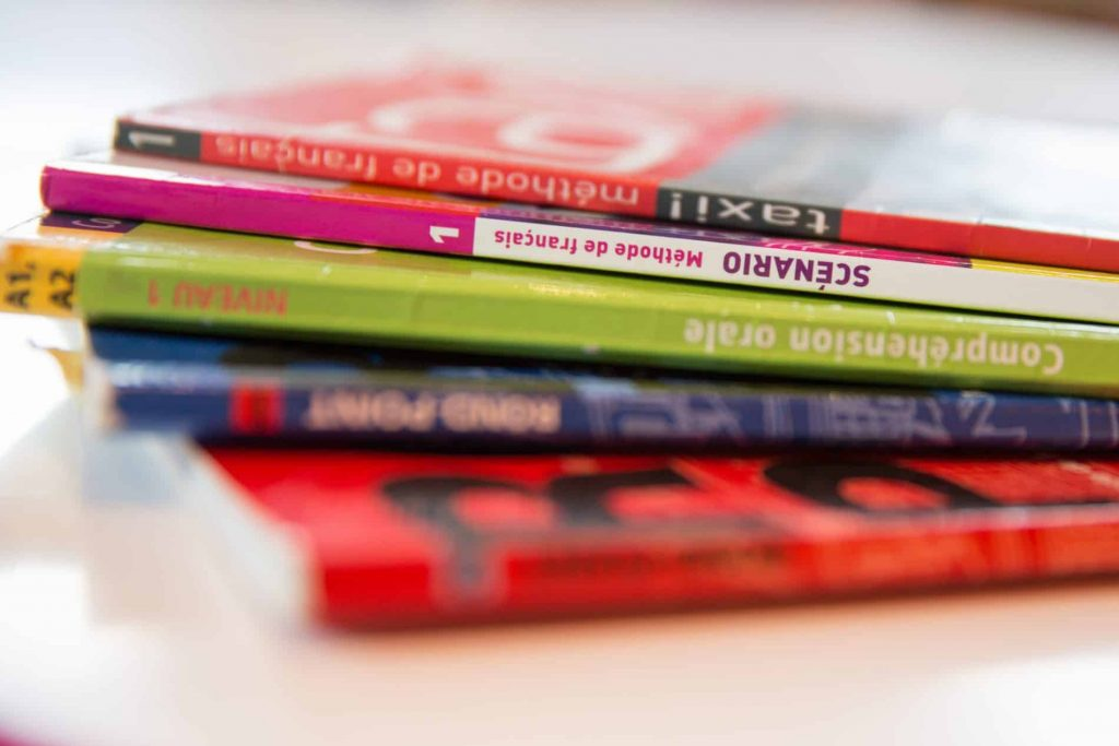 Course books in our one to one learn French lessons