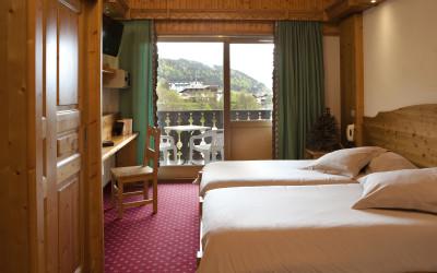 Luxury Hotel 1