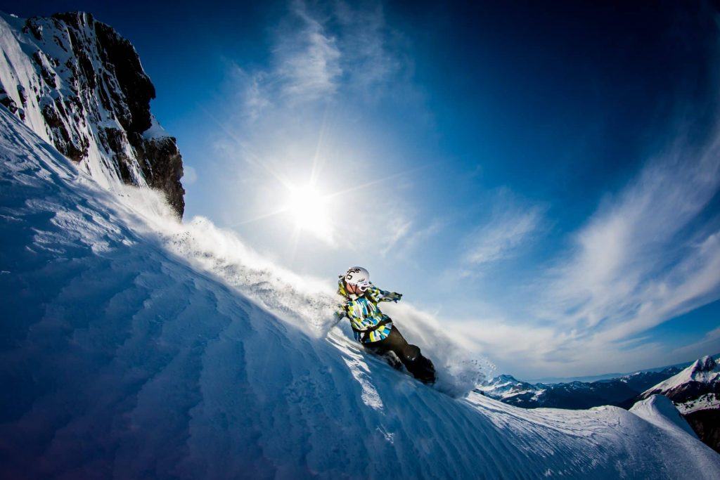 Learn French and Snowboarding - find knee deep powder in Morzine!
