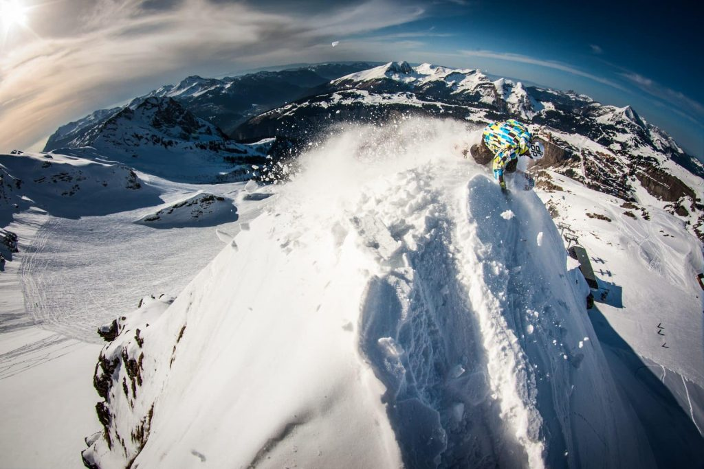 Amazing views when you learn French and snowboarding with us!