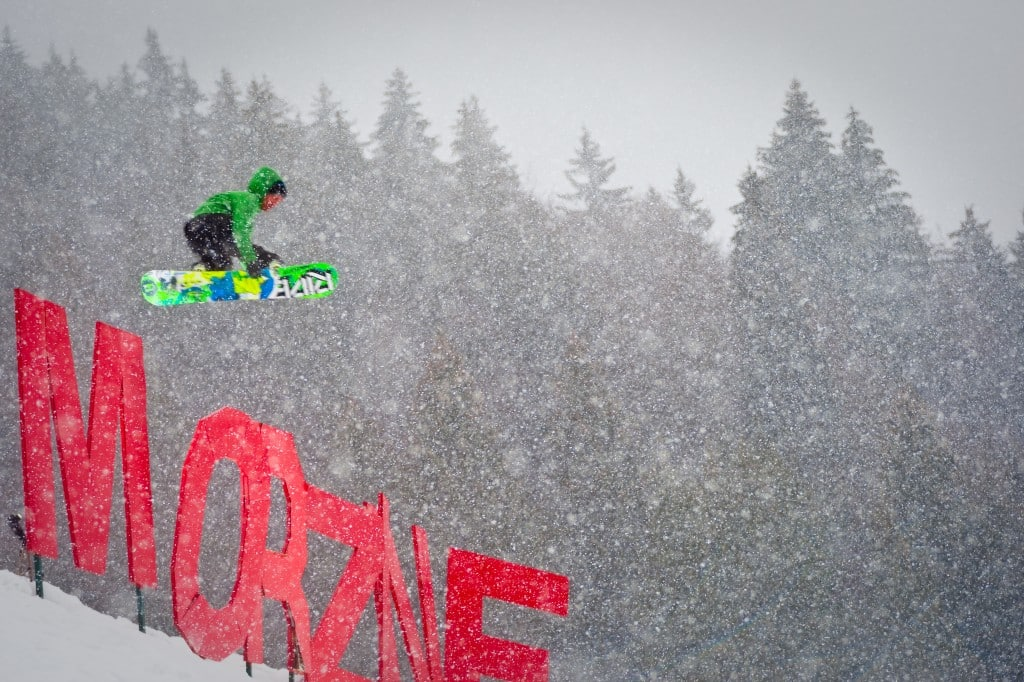 Learn French and Snowboarding in our amazing town!