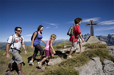 French holiday courses - Hiking